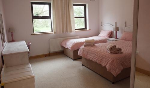 Sunrise Triple Bedroom